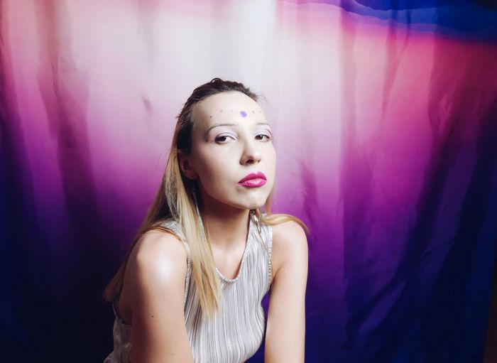 Beauty woman art make up bodyart pink purple
