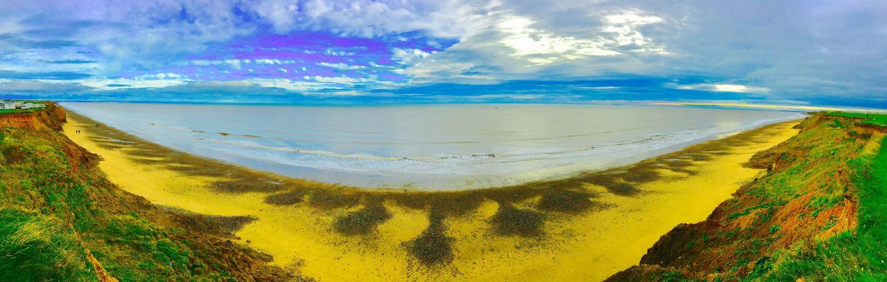 Lost In The Landscape Nature Beauty In Nature Scenics Sky Tranquil Scene Tranquility Cloud - Sky Day Outdoors Landscape No People Water Sea East Coast U.k. Beautiful East Yorkshire Coast East Yorkshire Panoramic EyeEm Best Shots Coastline Landscape Sand & Sea Perspectives On Nature