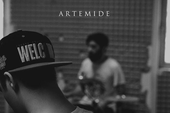 Artemide Metalcore Blackandwhite