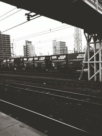 痛恨の30分残業でした。帰ります。🚃👋 Public Transportation Train Station Railway Station Go Home