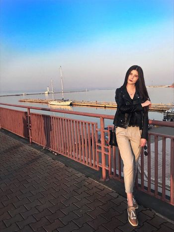 One Person Sky Lifestyles Railing Full Length Real People Standing Leisure Activity Casual Clothing Young Adult Young Women Water Sea Adult Front View Women Nature Outdoors Beautiful Woman Hairstyle