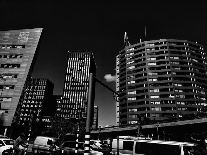 Contrast. Blackandwhite Blackandwhite Photography Rotterdam Europe #likeforlike #likemyphoto #qlikemyphotos #like4like #likemypic #likeback #ilikeback #10likes #50likes #100likes #20likes #likere Bnw_captures Monochrome _ Collection monochrome photography Exploretheworld Cityscape Snapseed Streetphoto_bw Streetphotography Blackandwhite Photography Blackandwhitephoto Architecture_collection Architecture_bw Architectureporn Nikon18_55mm NikonD3100 Cityphotography #travelphotography Streetphoto_bw Sky Building Exterior Built Structure