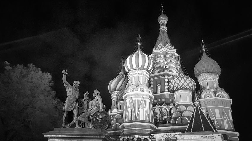 Statue History Night Black And White Black & White Blackandwhite Photography City Life Cityscape City