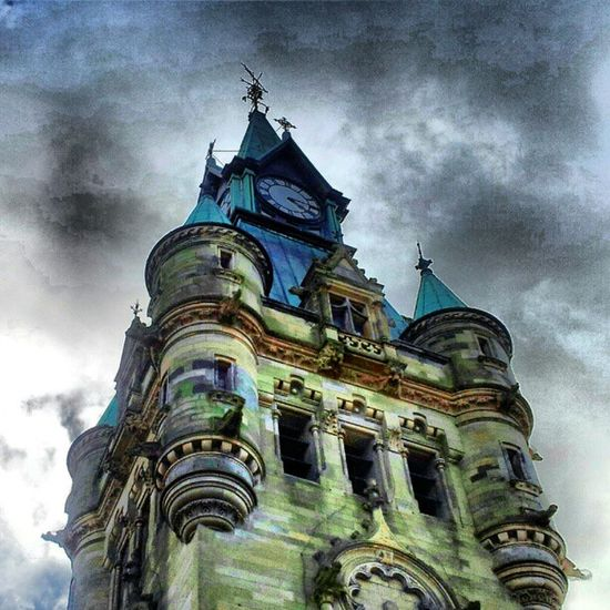 'Gothic' Townhall Dunfermline Scotland Architectureporn buildingporn brickporn Gothic Cloudporn sky skyback skyporn sky_collection igscotland igtube Igers igdaily Tagstagram most_deserving iphonesia photooftheday insta_shutter Instagood instamood instagrammers picoftheday insta_pick webstagram