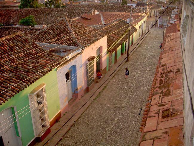 Architecture Building Exterior Built Structure City Cuba Cuba Collection Cuban Cuban Cars Cuban Life Cuban Lifestyle Cuban Style Cuban Sunset Day Men Outdoors People Real People Neighborhood Map