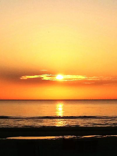 Relaxing Enjoying Life Mysterious Place Sol Impressions Beautiful Colours.... Evening Sky Beautiful Sunset Sunset #sun #clouds #skylovers #sky #nature #beautifulinnature #naturalbeauty #photography #landscape