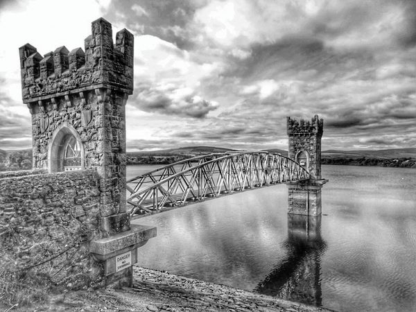 Travel Destinations Bridge - Man Made Structure Travel Built Structure Architecture Dublin, Ireland Bnw_of_our_world Bnw_collection Bnw Photography Water No People Barrage Bridges Ponts Passerelle Bridgesaroundtheworld Bridgeview Lake View Noir Et Blanc Black & White HDR Sky And Clouds
