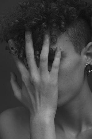 Portrait Model Blackandwhite Blackandwhite Human Hand Young Women Women Human Face Close-up