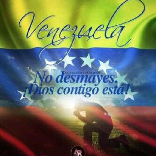 """LA SALIDA 2014: Ya en Merida, cerraron Los Aleros, La Vzla de antier y la montaña de los sueños, por Carnaval.  De igual manera la Colonia Tovar y muchos municipios han cancelado sus festividades de Carnaval. BASTA YA! Cuando Chavez murió dieron 1 semana de LUTO, mueren casi 20 Venezolanos por protestar ? y el gobierno nos manda de Vacaciones. Si eres de Falcon, el Oriente del país, Margarita  o cualquier zona turística, que aumenten las barricadas. Solo los que no tienen amor por este país  y su pueblo caído """"celebrarían"""" algo en este momento! Resiste  VENEZUELA ESTA ES LA PRUEBA no seremos la burla del mundo. Pásalo!  A menos que seas de esos que el ministro no quiere que se superen y que sean clase media porque se volverían """"escuálidos""""  Elquesecansapierde ResistenciaVzla SOSVzla"""