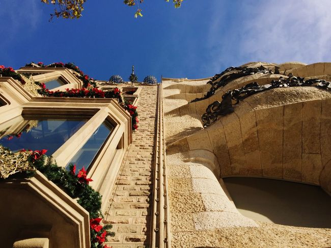 Think Different Architecture Building Exterior Low Angle View Travel Destinations History Gaudi Day