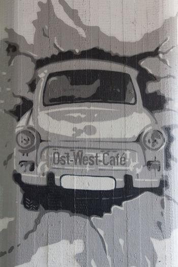 Art Car Graffiti Grey Ost-West-Cafe Trabi