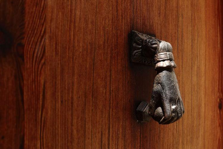 door knocker Historic Doors Wood - Material Wood Grain Brown Door Table Close-up Door Knocker Doorknob Wood Paneling