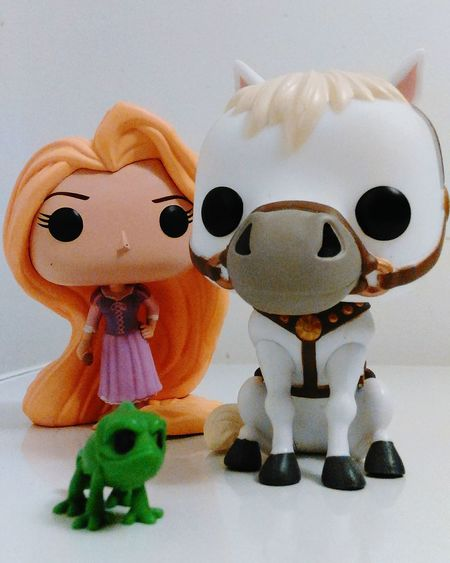 Studio Shot Indoors  Repunzel Repunzel Maximus Disney Indoors  White Background Studio Photography Studio Time  Herprotector Animal Representation PopFigures Amazing Pascal Horse Lizard Blondhairdontcare Longlocks LetDownYourHair Front View Sculpture Funkopopvinyl Figurine  Studio Time  Looking At Camera