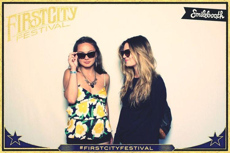 Girls Live Music Carnival Sunglasses