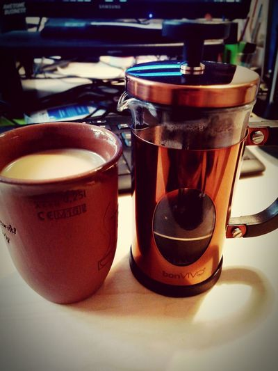 Gute French Press und damit sehr guter Kaffee. Coffee Coffee Time French Press Coffee Food And Drink No People