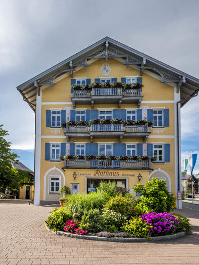 Tegernsee town hall, Upper Bavaria, Bavaria, Germany, Europe Tegernsee Rathaus Town Hall Upper Bavaria Bavaria Bayern, Germany Lake Building Architecture Building Exterior Day House Outdoors Sky