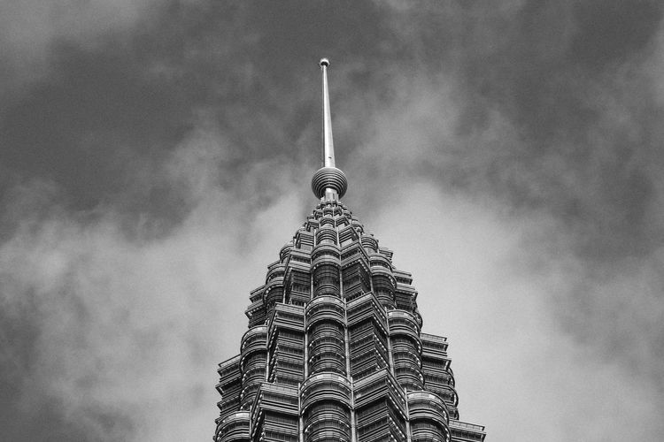 Klcc tower in