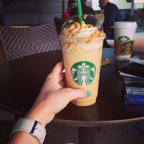 Love ♥ Starbucks Caramel Frappè