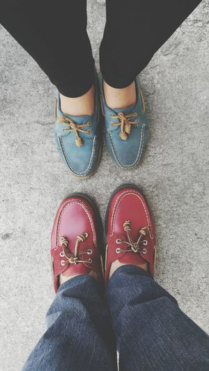 Kicks off Couple Sperry Top Sider Red Shoes Blue Shoes Boat Shoes TOP SIDER Beach Shoes EyeEm Gallery Low Section Human Body Part Human Leg Shoe One Person Standing Casual Clothing High Angle View Jeans People One Woman Only Adult Real People Lifestyles Eyeem Philippines Out Of The Box Sommergefühle