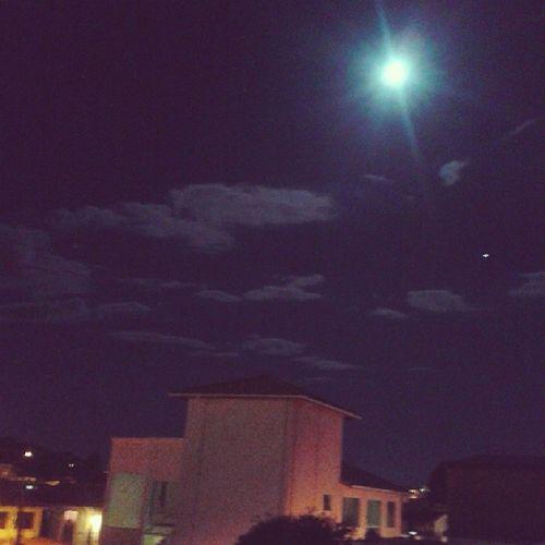 """""""Lua faz o nosso sentimento libertar o amor, se enlouquecer..."""" ⭐ ? ? Bq Luaperfeita"""