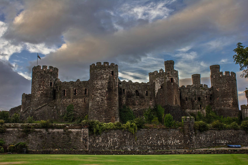 Conwy Castle, Wales Architecture Canonphotography Castle Castleruins Cloud - Sky Conwy Conwy Castle Conwycastle Day History History Through The Lens  Moodysky Old Ruin Outdoors Pauldroberts Sky Wales Neighborhood Map Your Ticket To Europe
