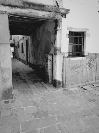 New meets old Building Exterior Venice, Italy Shadow Built Structure Passageway Hallway Alley Alleyway Graffiti Art Graffiti