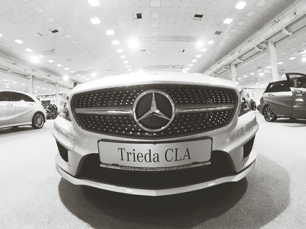 Mercedes Cla White Autosalon