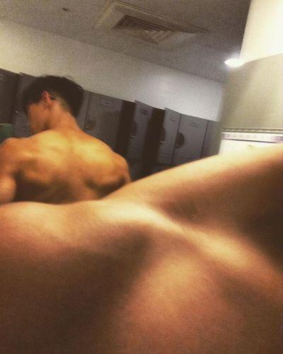 練肩日😬 Fitness GymLife Selfie Flex Gym Shoulder Back Training Grow Ripped Muscle 筋トレ 근육 Kaohsiung 健身工廠 어깨