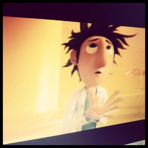 now watching cloudy with a chance of meatballs :) MOVIE Instamovie Goodmovie Happy animation