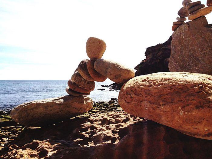 Algarve Nature Stone Balance Rockstacking Stone Bridge Rocks And Water