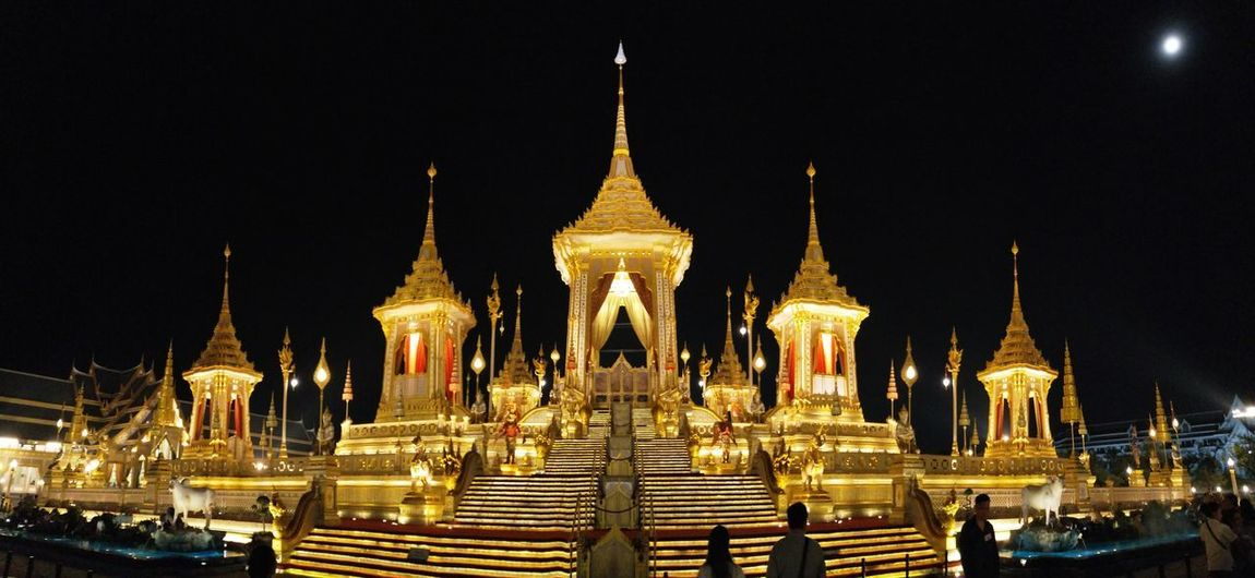 Night Architecture Travel Destinations Gold Colored Gold Outdoors Religion Crematorium Cremation Mourn Place Of Worship Panorama