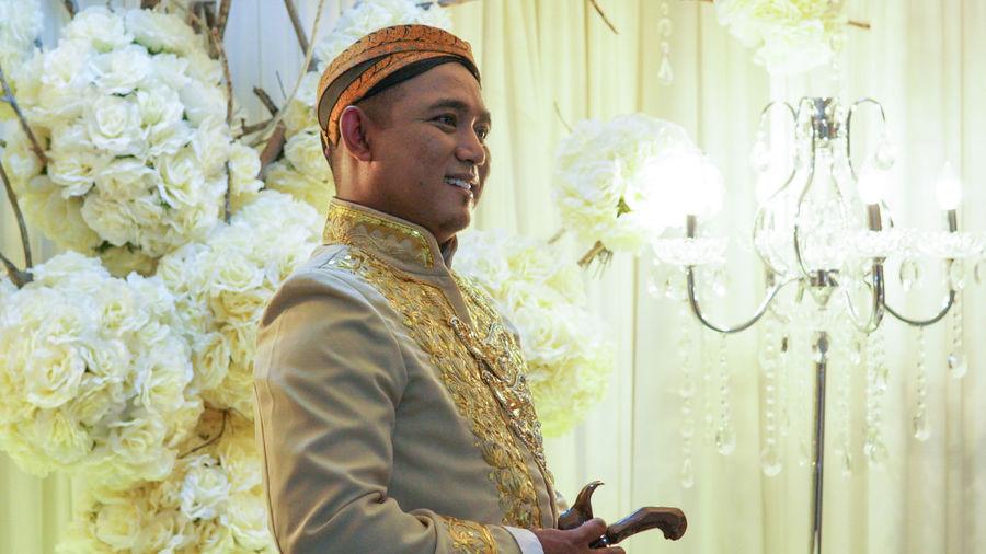 Tradisional Clothing Jawa Indonesia Sarawak