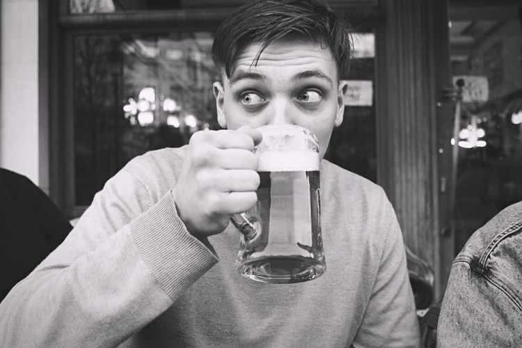 Beer in Brussels Looking Away Black And White Photography Black And White Pint Glass Pint Jug Boyfriend Drinking Beer Drinking Caught Off Guard Beer EyeEm Selects One Person Portrait Real People Front View Lifestyles Young Adult Food And Drink Drink Headshot Casual Clothing Holding Young Men Men Drinking Glass - Material Glass Restaurant EyeEmNewHere