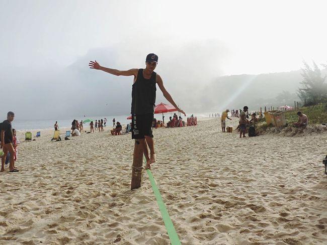 Equilíbrio e pra poucos. Praia Rio De Janeiro Itacoatiara Slackline Beach Brazil Lifestyles Nature Peace First Eyeem Photo