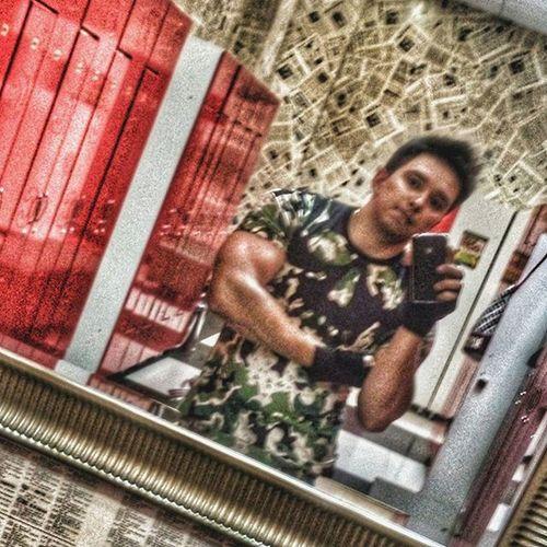 Эстафету для всех тренирующихся принял от @ss_moscow 👍 передаю @oprish_viktoria @ehaev_aleksei @vorozheev @voroncrossfit А ещё такие крутые футболки для тренировок ищите у @royal.moscow Заказ в директ) 👍💪 Fitness Fitnesslife Crossfit Gum Moscow Royalswagshop Motivation Fit Sportlook никогданесдавайся 😀 рекламыпост 😀