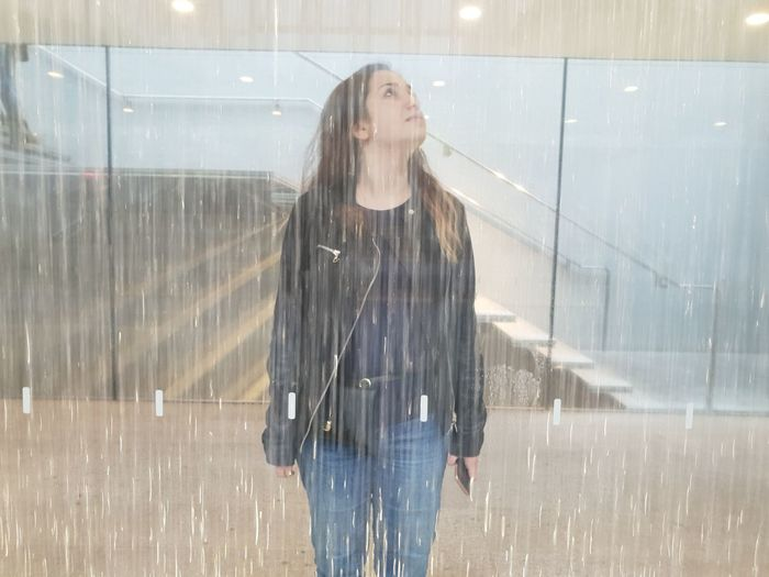 heavy rain Girl