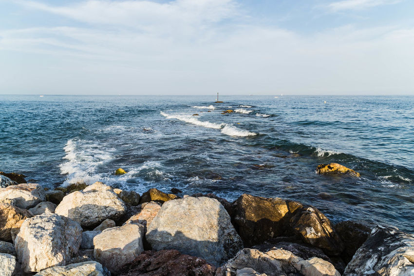 Rocks, waves and the horizon... Crashing Waves  FUENGIROLA  Fuengirola Spain Golden Hour Horizon Horizon Over Water Landscape Landscape #Nature #photography Landscapes Nature Ocean Rocks Sea Seascape Seascapes Shadow Shadows Sky And Clouds SPAIN Spanish Landscape Spaın The Sea Water Waves Whispy Clouds