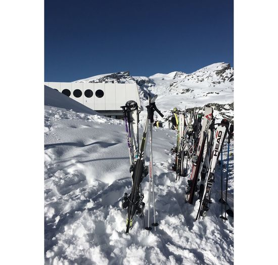 Snow Winter Clear Sky Day Mountain Cold Temperature Adventure Sport Sunlight Outdoors White Color Skiing Weather Vacations Nature Sky Ski Holiday Leisure Activity Landscape Winter Sport