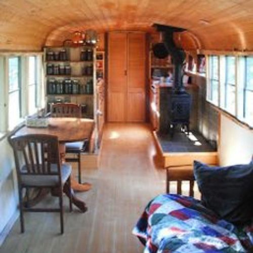 Looks so cozy. Dreaming of some land and place to park a Convertedbus Tinyhousemovement Minimalize