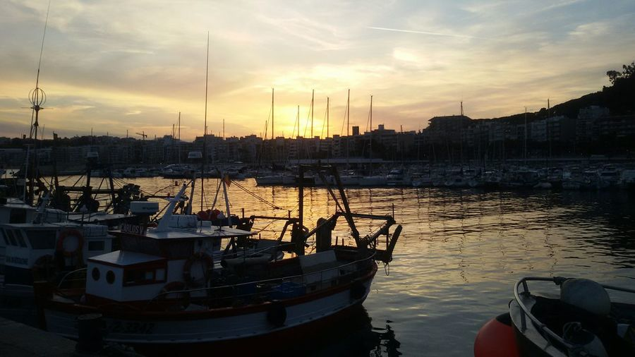 Sunset Travel Destinations Mediterrani Mediterranian Sea Blanes BlanesTurisme Costa Brava Harbour Port Portdeblanes Barques Barquesdepescadors Seaview Ships Fishing Port Fisher Boats