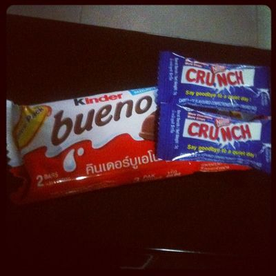 Chocolates makes me happy ! Hang on I'm bueno-ing ! :D