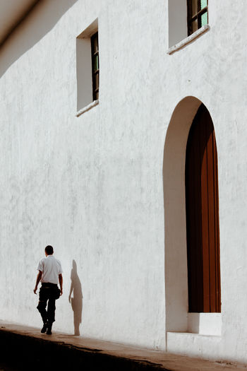 Adult Architecture Building Exterior Built Structure City Colombia Lifestyles Men One Man Only One Person Outdoors Popayán Shadow White Wall
