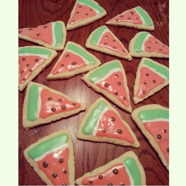 baking 😍 Baking Cookies SugarCookies WaterMELONS delish boringday boringnight