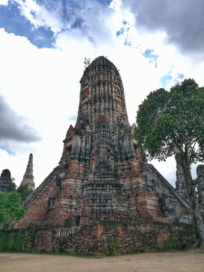 Historic City of Ayutthaya Ancient Civilization Pyramid Place Of Worship History Old Ruin Religion Monument Sky Architecture Building Exterior Pagoda Stupa Civilization Archaeology Ancient Pyramid Shape Ancient History The Past Ayuthaya Province