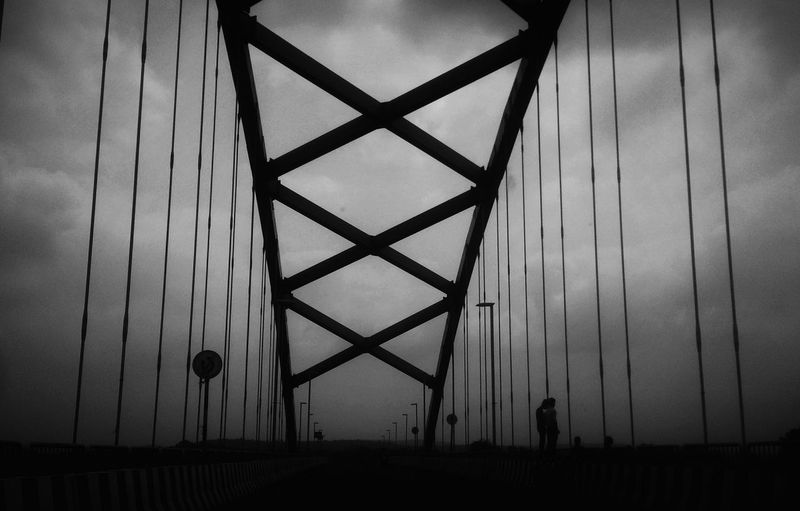 Bridges tell us their own tale! EyeEmNewHere Built Structure Silhouette Outdoors Day Architecture Sky Silhouettes Newdestination Monohrome BlackAnd White Blackandwhite Photography MonochromePhotography Beauty In Ordinary Things Beauty Art Is Everywhere Lookbeyond Break The Mold Loveforphotography Pondering Silhoutte Photography Cloudy Skies Grey Beautyineverydaythings