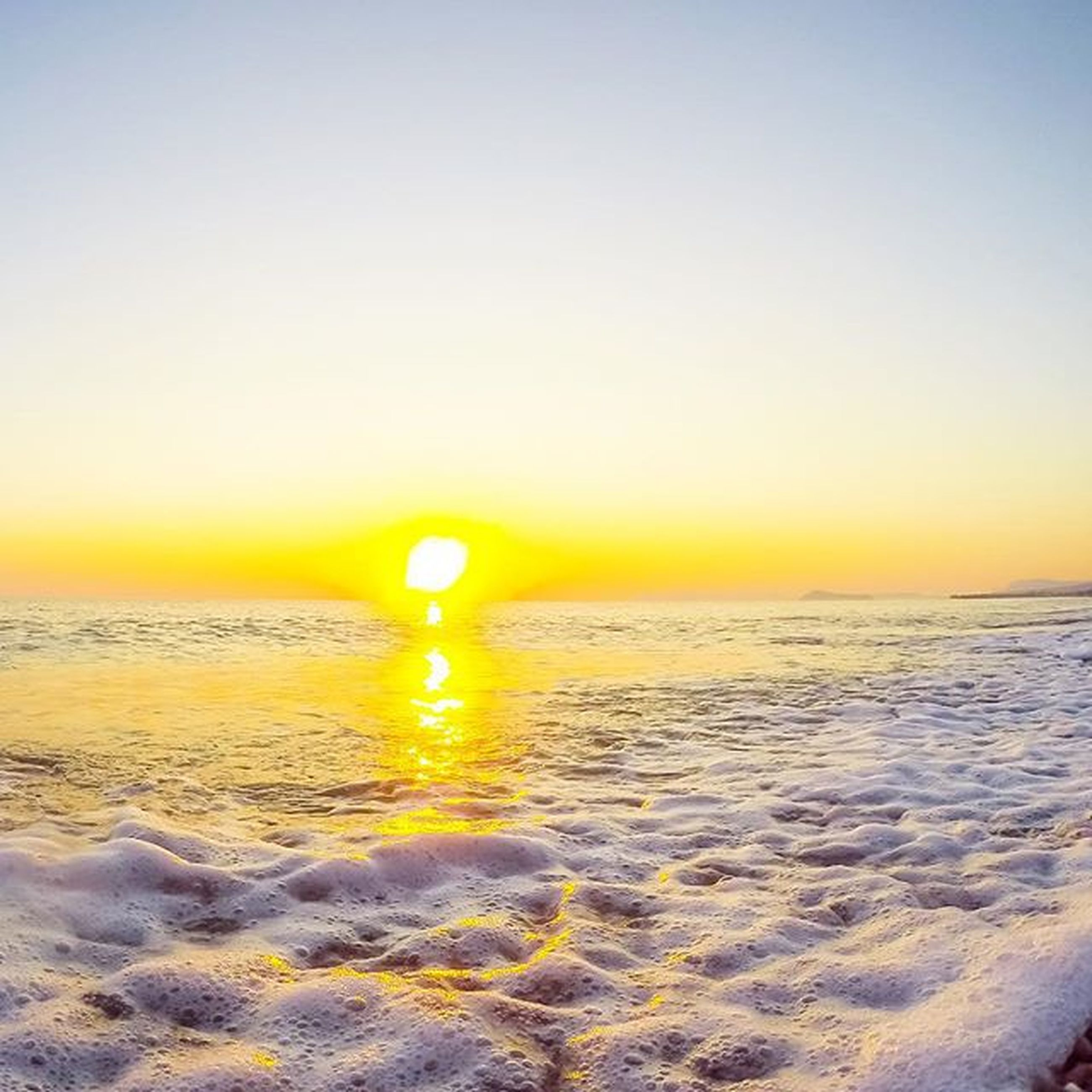 sunset, water, sea, beach, scenics, clear sky, tranquil scene, sun, tranquility, horizon over water, orange color, copy space, beauty in nature, reflection, nature, shore, idyllic, sky, sand, no people
