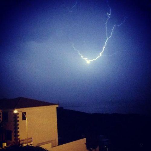 Noches de tormenta Santacruz Tenerife Canarias Lluvia RAYOS Truenos
