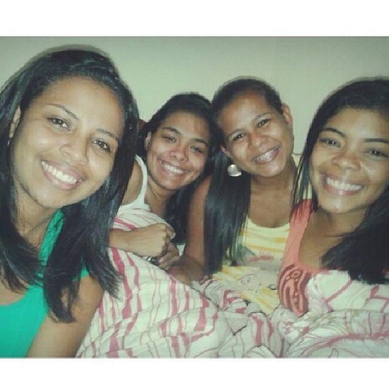 O que Deus uniu, ninguem separa! Amizade é tudo ♥♥♥ Amigas Irmãs Cúmplices Confidentes Companheiras Amo PraSempre
