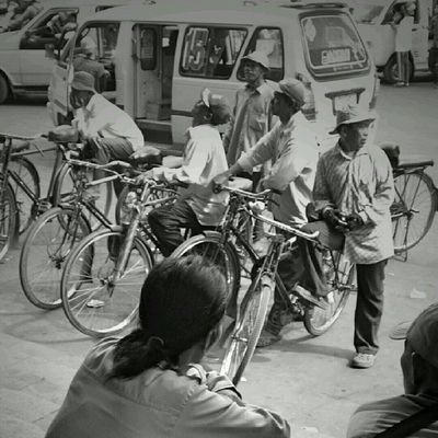 Ojek Sepeda, stasiun Kota. Jakarta Sesuatu