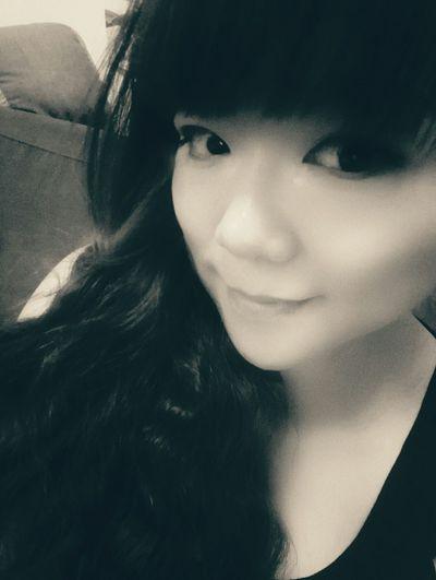 That's Me Enjoying Life B&W Portrait Self Portrait Selfie ✌ That's Me Pretty Girl Kik Me :)